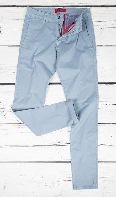 Spodnie materiałowe, męskie chinosy 7647 jasno niebieskie.